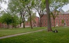 美国对留学生实施新签证限制,引发混乱(免费)
