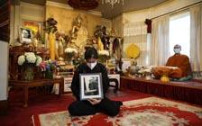 泰裔老人遇袭惨死后,美国亚裔的团结抗争(VIP)